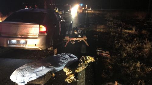 Accident GRAV în Constanța. O mașină a SPULBERAT o căruță. O persoană a murit şi trei au fost rănite