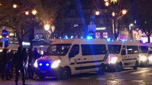 Nivel maxim de alertă în Franța, după atacul de la târgul de Crăciun din Strasbourg