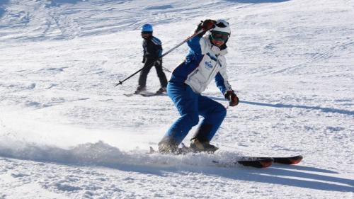Vești excelente! Se schiază pe toate pârtiile din Poiana Braşov