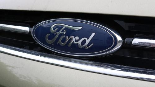 Ford recheamă în service aproape UN MILION de mașini pentru a le schimba airbagurile