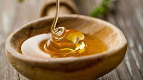 Mierea de salcâm accelerează pierderea în greutate
