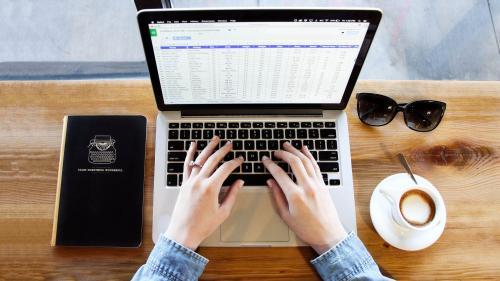 Sondaj BestJobs: 1 din 5 angajați români crede că lucrează în domeniul nepotrivit și își dorește o reconversie profesională