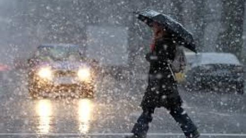 Anunţ de ultimă oră de la meteorologi! ANM a prelungit Codul galben de precipitaţii mixte, polei şi ceaţă din Transilvania şi Dobrogea