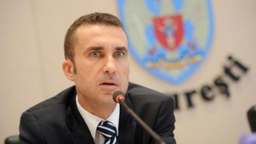 Peste 1,5 milioane de lei confiscaţi de la un fost director din Primăria Capitalei, condamnat pentru corupţie