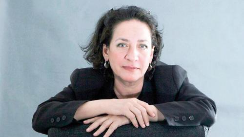Hoda Barakat: Fac experimente pe personajele mele ca un om de ştiinţă nebun