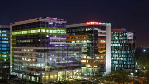 C&W Echinox: An record pentru tranzacțiile cu birouri, 20 de clădiri de 500 de milioane de euro și-au schimbat proprietarii