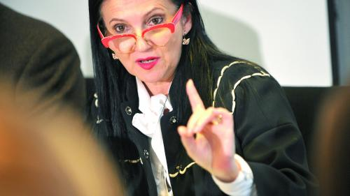 Ministrul Sănătăţii: Vom face plângere penală în cazul salonului de înfrumuseţare din mall-ul din Capitală