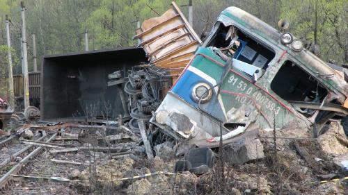 Un vagon de bani pentru reparații la CFR. Noua problemă: nu poate