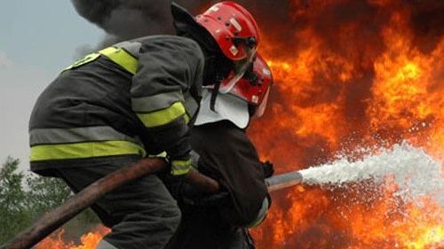 Incendiu la o grădiniţă din Lugoj. Zeci de preşcolarii au fost evacuaţi de urgenţă