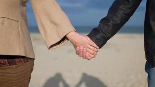 Ce spun liniile din palmă despre viața ta sentimentală
