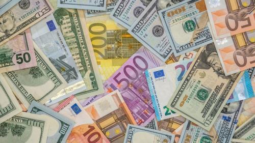Curs valutar: Euro crește din nou și se apropie de maximul istoric din ianuarie