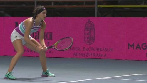 Tenis: Sorana Cîrstea, învinsă în sferturile turneului WTA de la Budapesta