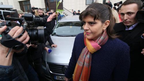 """Kovesi, dublă urmărită penal. Colegă de dosar cu """"paraditorii"""" Onea și Negulescu"""
