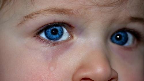 Boala ochilor înlăcrimați - Cauze și tratament