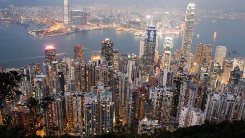 Hong Kong se pregăteşte să construiască o insulă artificială