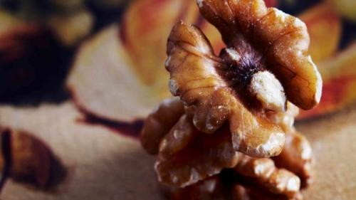 Fructele cu coajă lemnoasă stabilizează nivelul de zahăr din sânge