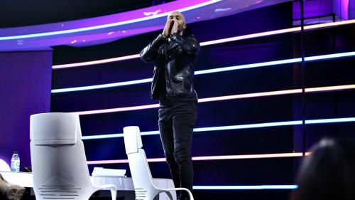 """Mihai Bendeac își pierde cumpătul: """"Dacă vreți să mai urcați pe această scenă, faceți niște lucruri special pentru iUmor!"""""""