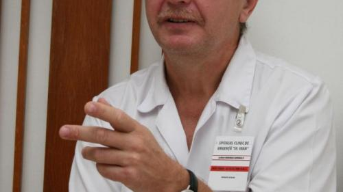 În laparoscopie, chirurgul palpează organele cu vârful instrumentelor, nu cu degetele