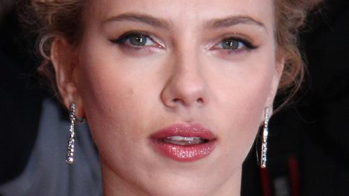 Scarlett Johansson, speriată de paparazzi