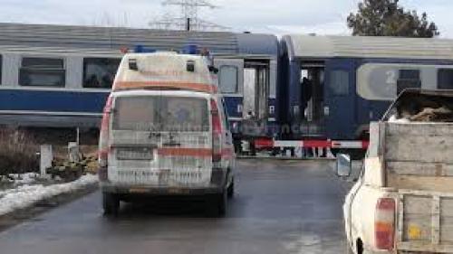 Accident în Bistrița-Năsăud, după ce un tren și un camion s-au ciocnit