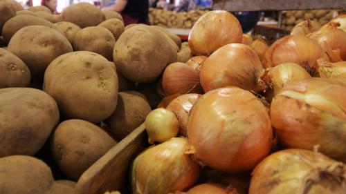 Cartofii fac România campioană europeană. La inflaţie