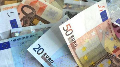 Curs valutar: Leul s-a apreciat uşor în raport cu euro