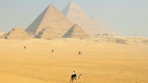 Egipt: Autorităţile au anunţat descoperirea unui mormânt vechi de 3.500 de ani în Luxor