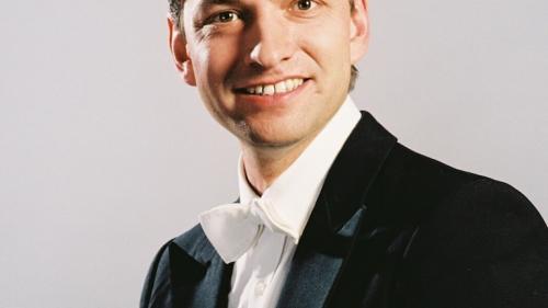 În Joia Mare la Sala Radio: Recviemul German de Brahms, sub bagheta dirijorului elvețian KASPAR ZEHNDER!
