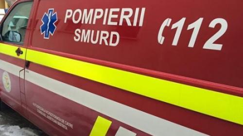 Microbuz cu nouă pasageri, răsturnat pe autostrada Timişoara-Arad după explozia unui cauciuc