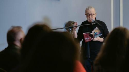 New York-ul e un poem: O seară cu Andrei Codrescu