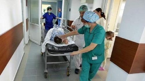 O femeie şi un copil din Sibiu transportaţi la spital în urma unui accident rutier