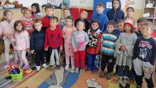 Primăria sectorului 4 caută asistenţi maternali pentru aproape 140 de copii