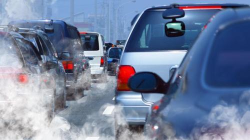 Aerul poluat crește riscul de anxietate în rândul copiilor (studiu)