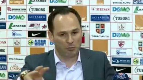 Ionuţ Negoiţă i-a propus lui Mircea Rednic să preia pachetul majoritar de acţiuni al FC Dinamo