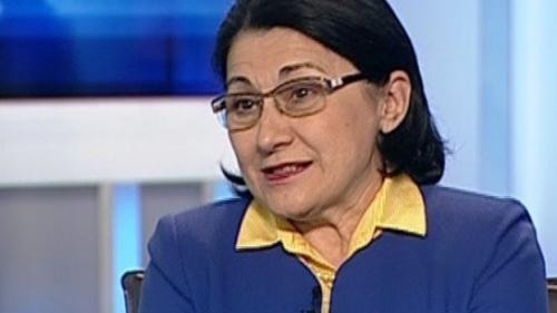 Ecaterina Andronescu le-a urat succes absolvenţilor de gimnaziu şi liceu care vor susţine Evaluarea Naţională