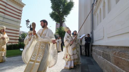 GALERIE FOTO Patriarhul Daniel a sfinţit Catedrala Sfântul Spiridon Nou din Bucureşti