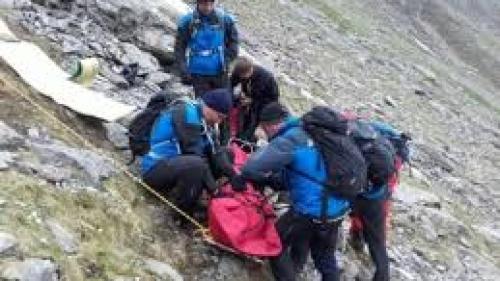 Alertă în Sibiu! Un turist a fost accidentat pe Vârful Podragu