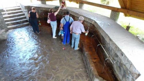 Mofete şi relaxare cu ape minerale, la Covasna