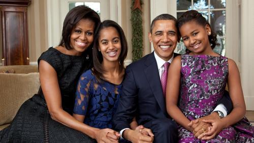 Michelle Obama face senzaţie pe reţelele de socializare cu noua sa schimbare de look