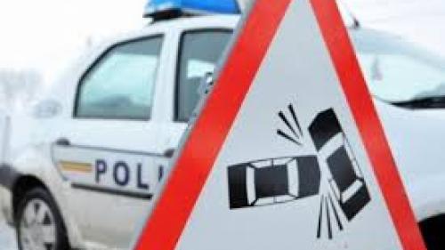 Trafic dirijat pe DN1 la Măneciu, după ce două TIR-uri s-au ciocnit