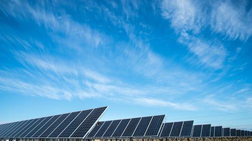 Un trend în ascendență - panourile solare și avantajele acestora pentru utilizatori