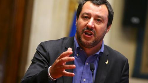 Problema migranţilor: ''Ajunge'' cu alegerile făcute doar la Paris şi Berlin, afirmă Matteo Salvini