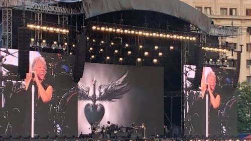 """Dezamăgire la Bon Jovi! """"Nu te poți prezenta în halul ăsta la un concert. Nici măcar în fundul Europei, la București"""""""