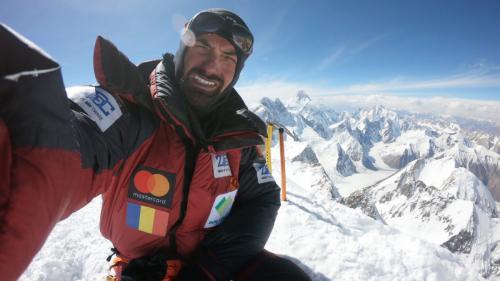 Alex Găvan a atins vârful Gasherbrum 2 (8035m), fără oxigen suplimentar