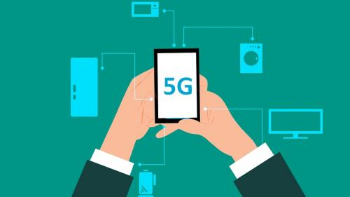 """Cum te ajută tehnologia 5G să îți faci o """"casă inteligentă"""""""