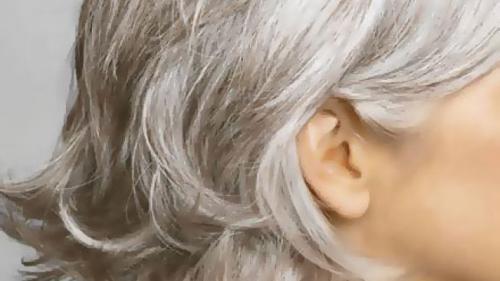 Albirea prematură a părului este un semn de longevitate