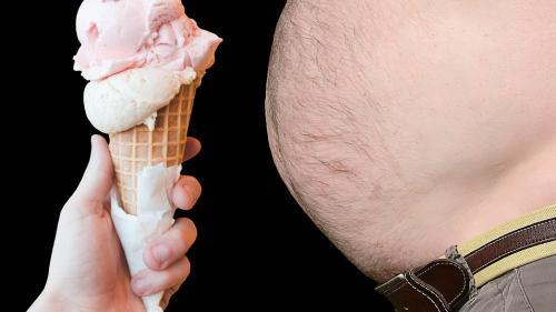 4 cauze ale grăsimii abdominale