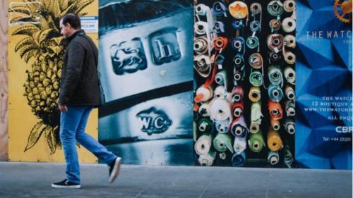 ColorsTalk aduce artiștii stradali în fața publicului  Street art: libertate și constrangeri in termeni (i)legali