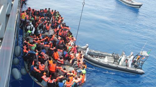 Italia: Migranții minori neînsoțiți de pe nava Open Arms vor avea voie să debarce