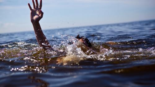Tragedie în râul Olt ! O femeie s-a înecat și urmează să fie scoasă din apă